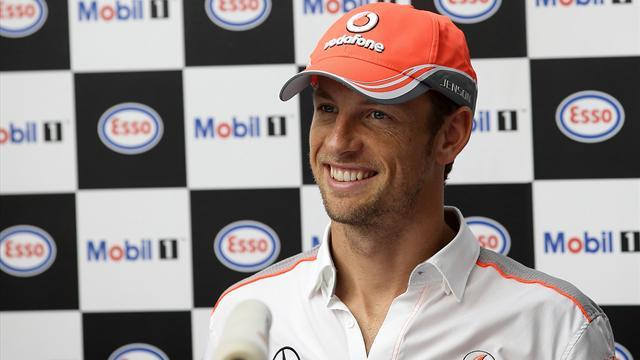 Formula 1 - McLaren denies Button injury reports