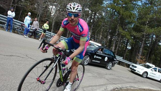 Cycling - Cunego takes first win of season in Coppi e Bartali stage three