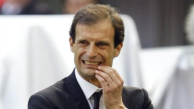 Serie A - More pressure on Allegri after 10-man Genoa hold Milan