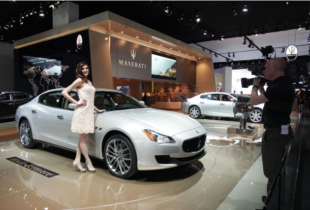auto show extras of the 2013 detroit auto show. Black Bedroom Furniture Sets. Home Design Ideas
