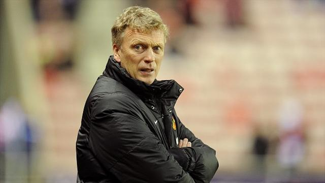 Premier League - Moyes demands United improvement
