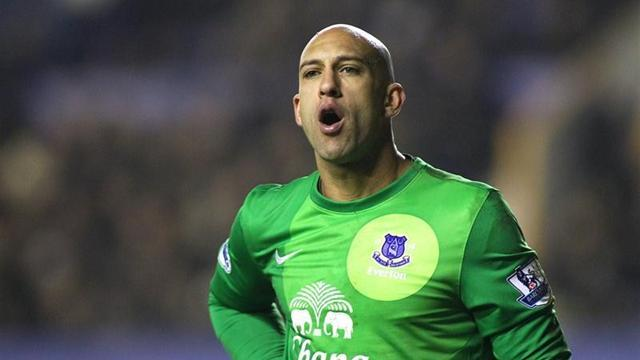Premier League - Howard backs Everton to do Liverpool a favour against City