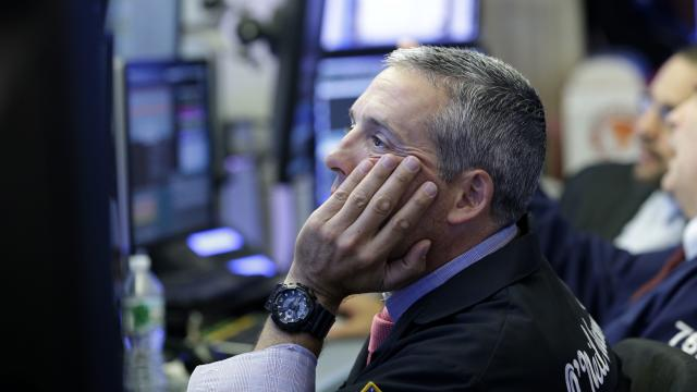 3 tips for managing money in a volatile market
