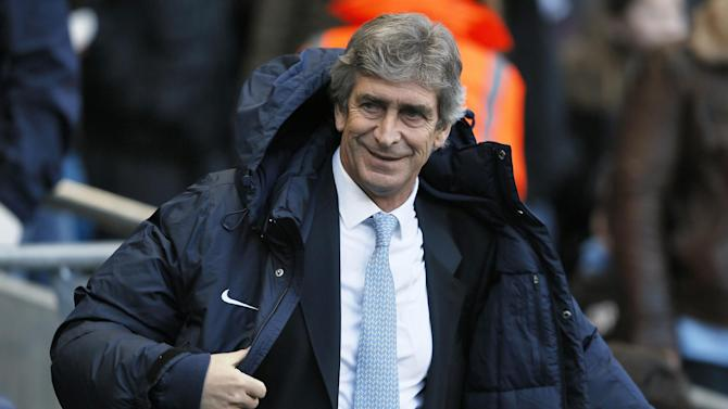 Premier League - Manuel Pellegrini: Man City never out of title race