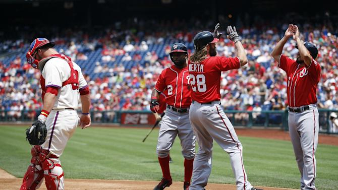 Werth homers, knocks in 4 in Nats' win over Phils