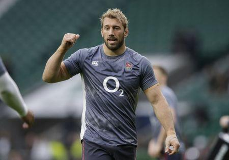 England's Chris Robshaw during the warm up before the game