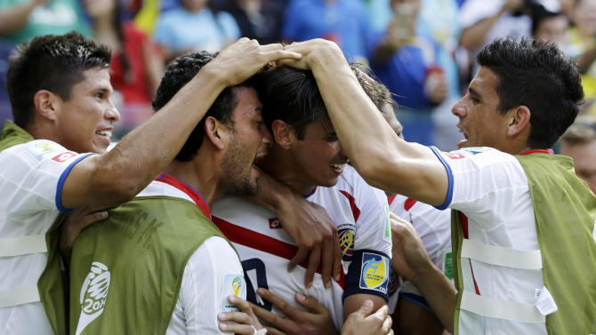 Costa Rica continues to surprise by beating Italy