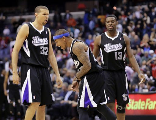 Thomas' shot ends Kings' skid, top Wizards 96-94