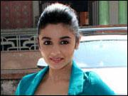 Alia Bhatt all set to be pampered with 2 STATES!