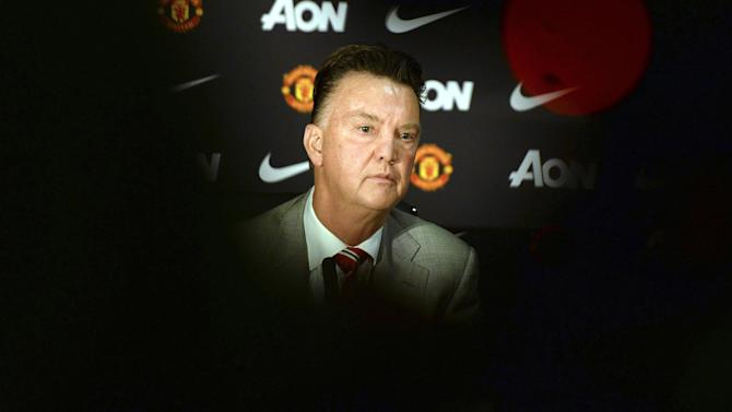 Premier League - Paper Round: Van Gaal's axe list revealed