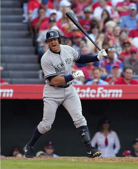 A-Rod, Yanks settle dispute, he gets ball from 3,000th hit