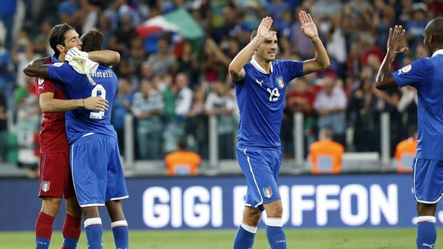 World Cup - Patchy Italy look to recreate spirit of 2006