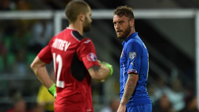 Conte concerned by De Rossi injury