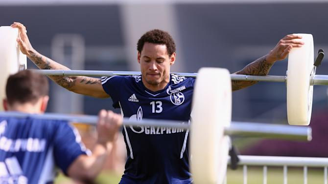 Schalke 04 - Doha Training Camp Day 2