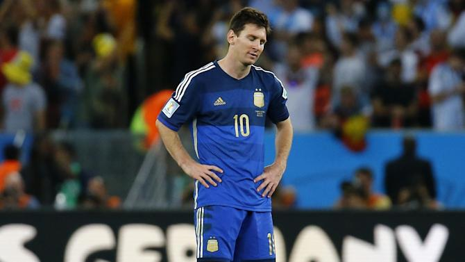 World Cup - Messi wins 'sad prize' as international dream remains elusive