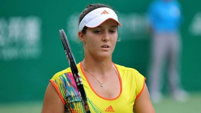 Tennis - Robson bids for more consistency