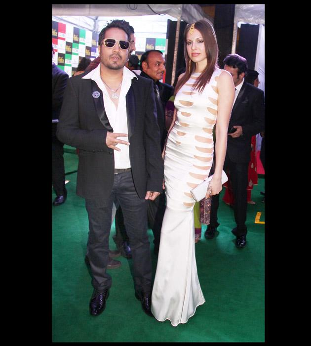 IIFA: Candid celeb pictures