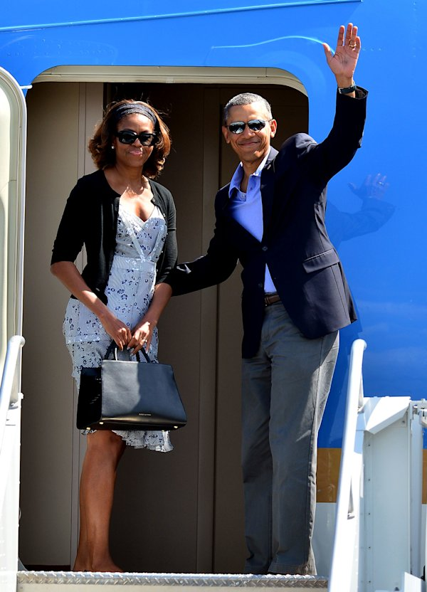 Barack obama vows to get 39 matching tattoos 39 with daughters for Does obama have a tattoo