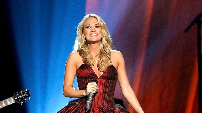 Underwood Carrie ACM Aw Pfrmnce