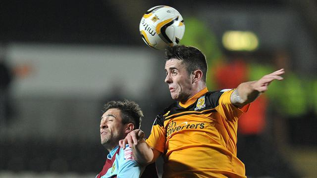 Championship - Hull close in on deal for United's Brady