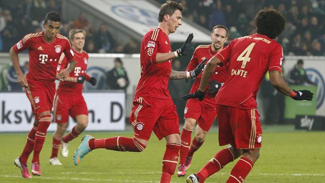 Bundesliga - Bayern open 18-point lead with win at Wolfsburg