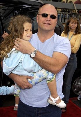 Premiere: Michael Chiklis and daughter at the Hollywood premiere of Scooby Doo - 6/8/2002