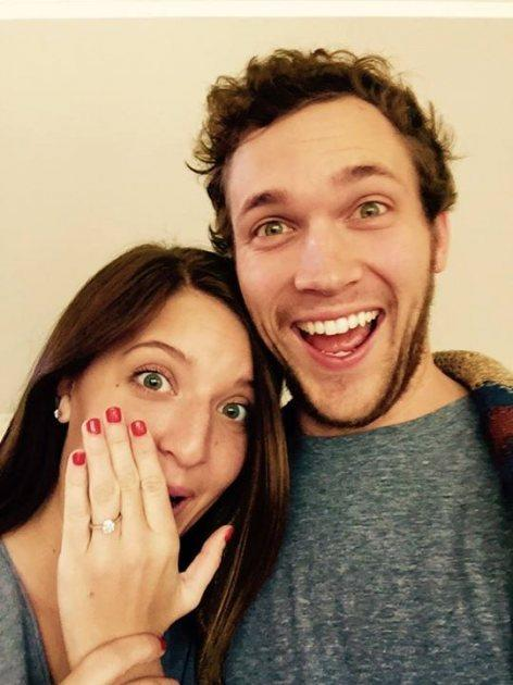 Phillip Phillips Engaged