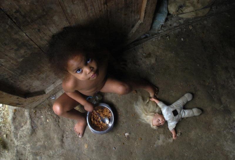 BM: 1.000 millones personas salieron de la pobreza extrema en los últimos 25 años