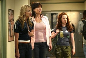 "Kaley Cuoco, Katey Sagal and Amy Davidson ABC's ""8 Simple Rules"" 8 Simple Rules"