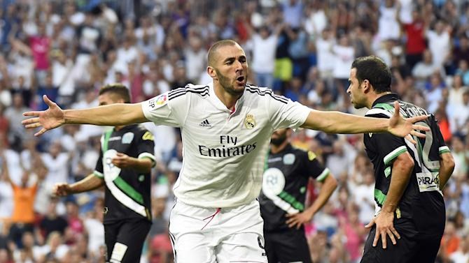 Liga - Unconvincing Real Madrid start off with win