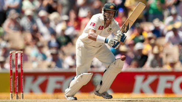 Cricket - Hussey set for international retirement