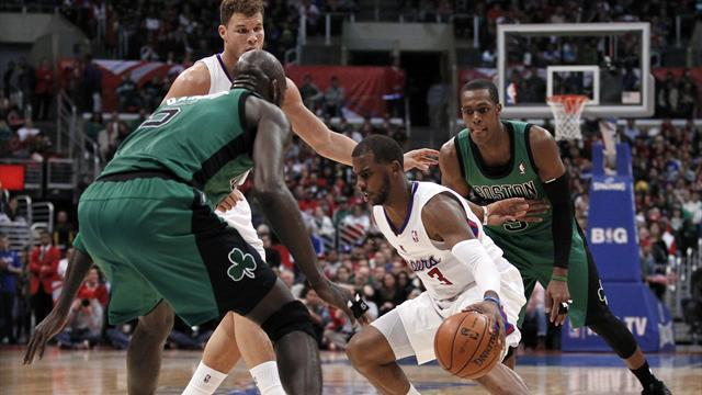 Basketball - Clippers bully Celtics to extend winning streak