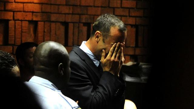 Police reveal new facts about death of Pistorius' girlfriend