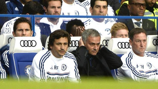 Football - Mourinho slams Gullit in Mata row