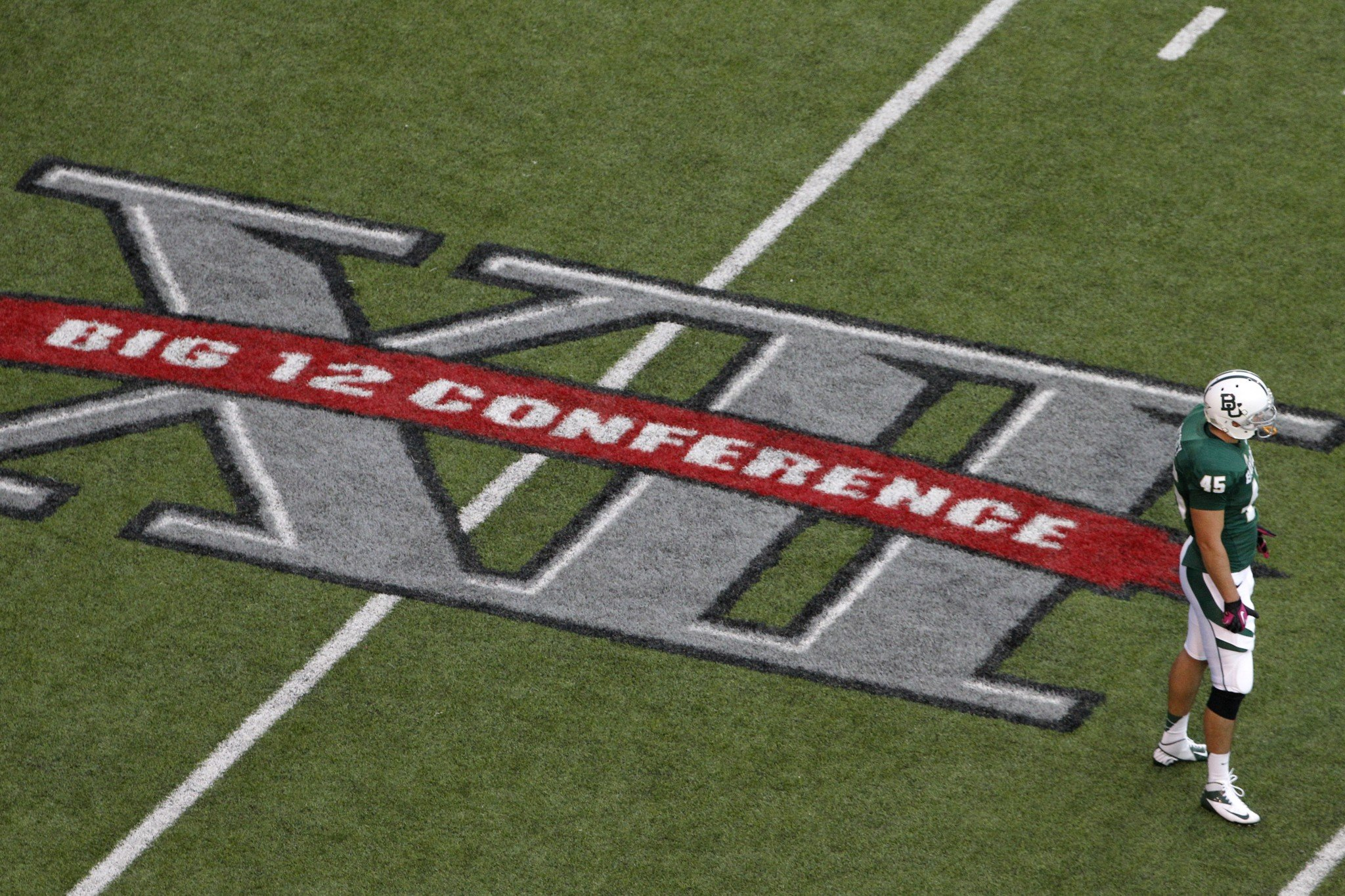 Big 12 decides to stay at 10 teams
