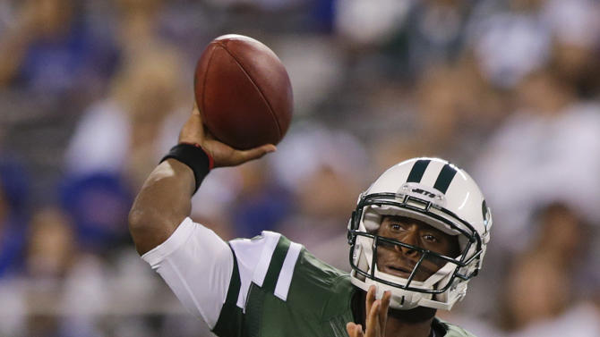 Smith earns Jets' QB job, but needs to hold it