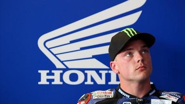 Superbikes - Snetterton BSB: Lowes overcomes 'terrible start' to make podium