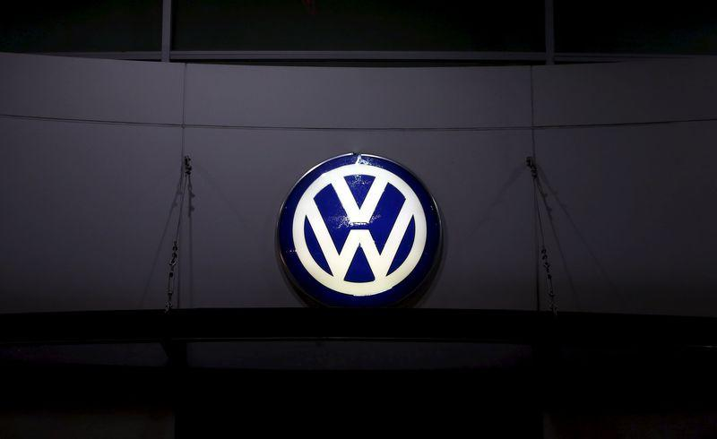 South Korea fines Volkswagen, orders recall over emissions cheating
