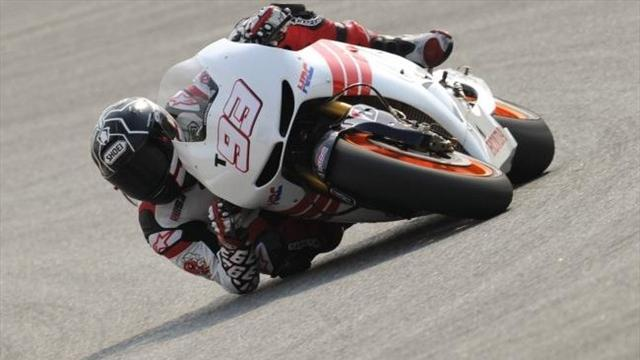 Motorcycling - MotoGP new boy Marquez warned against 'overdoing it'