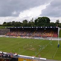 Bradford Bulls administrator Brendan Guilfoyle is in talks with a consortium of local businessmen