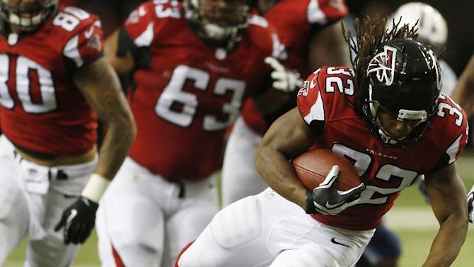 RB Steven Jackson returns to Falcons' practice