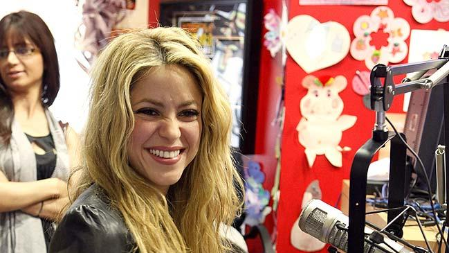 Shakira Radio Lollipop