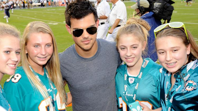Taylor Lautner Monday Night Football
