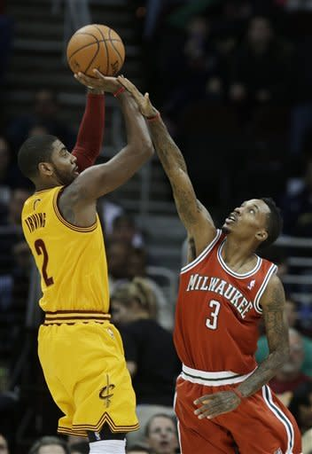 Irving scores 35 as Cavs rally for 113-108 win