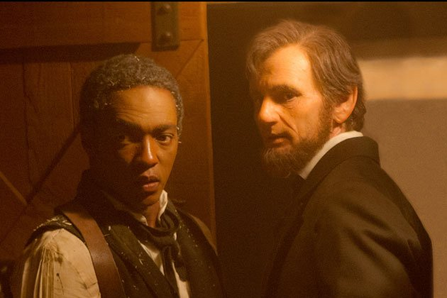 Anthony Mackie (left) as Will Johnson and Ben Walker as the older version of Abraham Lincoln. (Photo courtesy of 20th Century Fox)