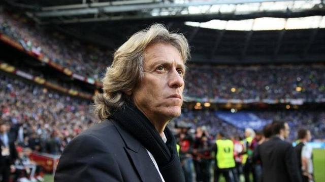 European Football - Heartbroken coach Jesus hints he could quit Benfica