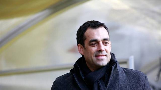 Bundesliga - Dutt leaves DFB to become Bremen coach