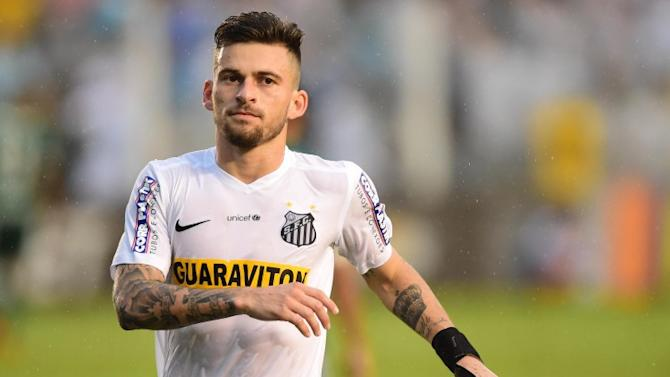 Santos star being eyed by AC Milan