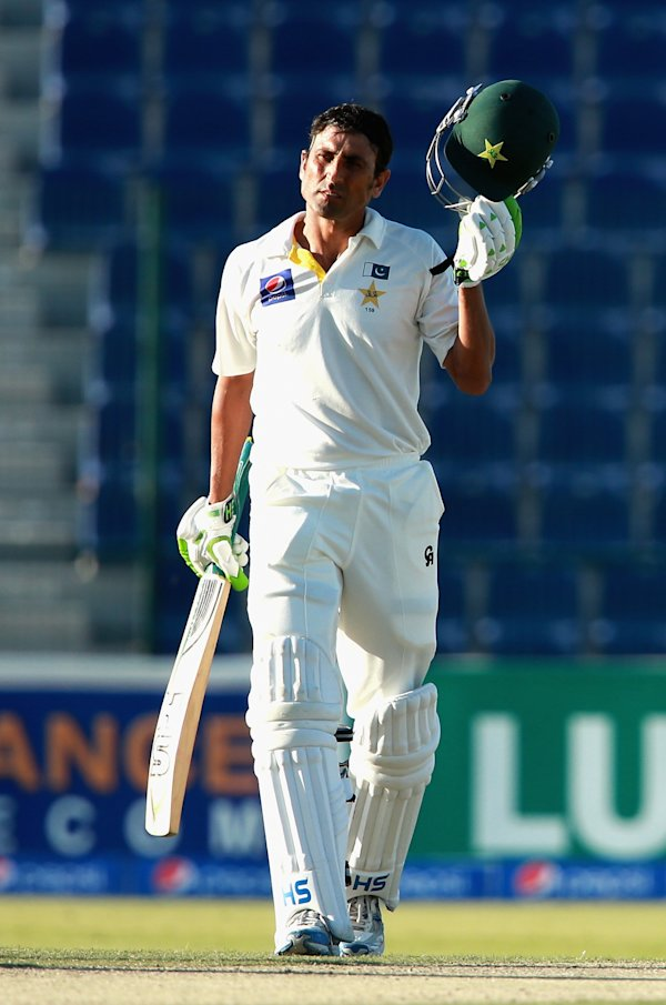 New Zealand - 1st Test Day Two | View photo - Yahoo News Singapore
