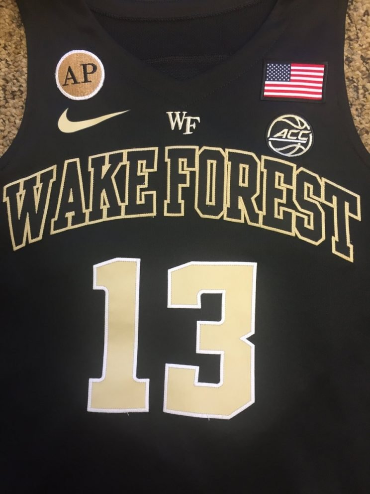 Wake Forest basketball jerseys will honor Arnold Palmer. (Twitter)
